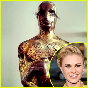 Anna Paquin Put Makeup & Lashes on Her Oscar - See the Pic!