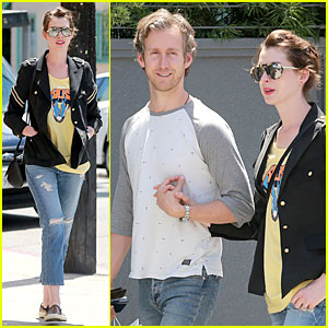 Anne Hathaway & Adam Shulman Fill Up Their Closet at Satine