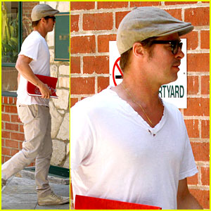Brad Pitt Brings His Script Along to a Doctor's Appointment