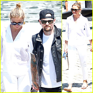 Cameron Diaz Is Bright as As Can Be With Benji Madden By Her Side!