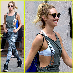 Candice Swanepoel Has the Most Chic Gym Outfit in Town