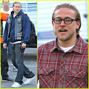 Charlie Hunnam Makes Up For Missing Comic-Con in Funny Video - Watch Now!