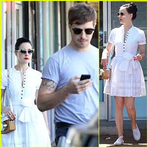 Dita Von Teese Knows How to Wear Summer White For Lunch