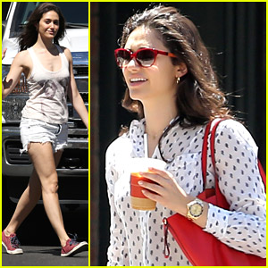 Shameless's Jeremy Allen White Shaved Emmy Rossum's Legs With Pliers