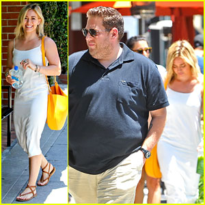 Hilary Duff Can't Seem to Grab Jonah Hill's Attention