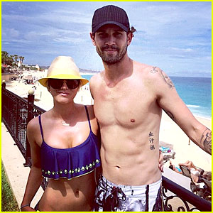 Kaley Cuoco Bares Her Bangin' Bikini Body in Cabo!