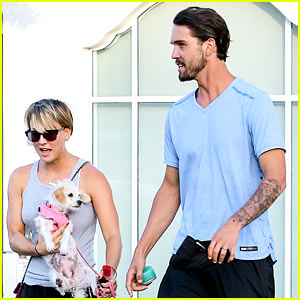 Kaley Cuoco & Ryan Sweeting Are Home from 'Best Trip Ever'