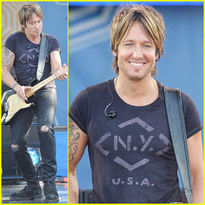 Keith Urban Performs to a Packed Crowd at 'GMA,' Thanks Fans as the Reason He's Able to Keep Going on Tour!