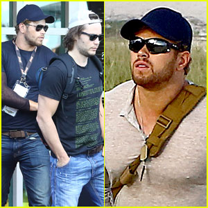 Kellan Lutz & Taylor Kitsch Check Out the Big World Cup Game!