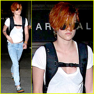 Kristen Stewart Wears Her New Short Hair Messy at the Airport