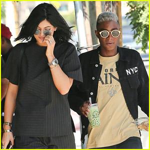 Kylie Jenner Has 'Phresh' New Eyebrows