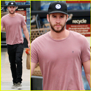 Liam Hemsworth Grabs Groceries After Reportedly Calling Miley Cyrus His 'Best Friend'