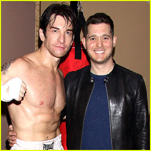 Michael Buble Meets Fellow Italian Stallion Andy Karl at 'Rocky'!