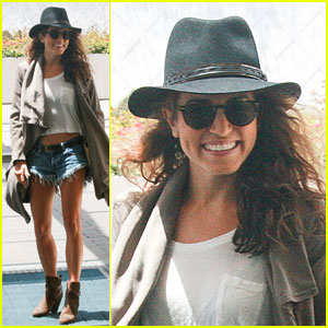 Nikki Reed Shows Some PDA with Ian Somerhalder at Comic-Con!