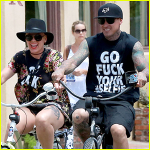 Pink Threw Carey Hart a Bicycle Bar Crawl Birthday & It Looks Like He Had a Blast!