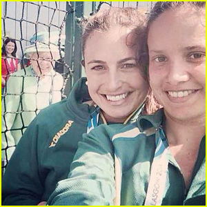 Queen Elizabeth Photobomed a Selfie Today - See the Cute & Funny Pic Here!