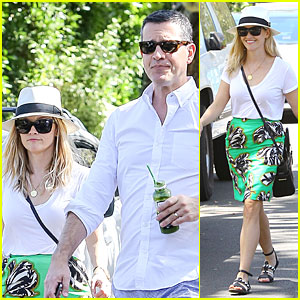 Reese Witherspoon & Husband Jim Toth Are the Epitome of Summer Fashion!