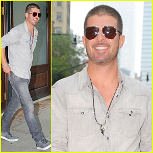Robin Thicke's Album Might Only Sell 20k Copies in First Week