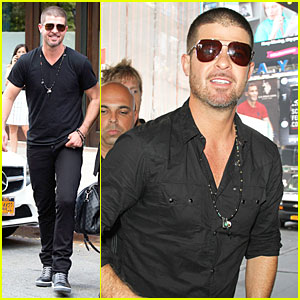Robin Thicke Says Paula Patton Is Still His Muse From a Distance!