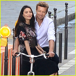 Simon Baker Picks Up a Lady on His Bicycle for Givenchy's Fragrance Commercial