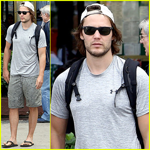 Taylor Kitsch Hits Rio Beach After 'True Detective' Rumors