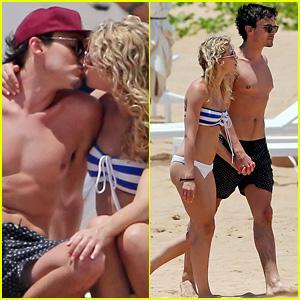 Pretty Little Liars' Tyler Blackburn Smooches Bikini-Clad Girlfriend While Vacationing in Maui