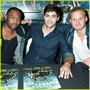 Alexander Ludwig & Matthew Daddario Hit 'When The Game Stands Tall' Just Jared Screening!
