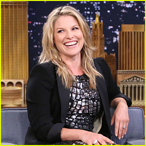 Ali Larter Surprises with Pregnancy News on 'Tonight Show' - Watch Now!