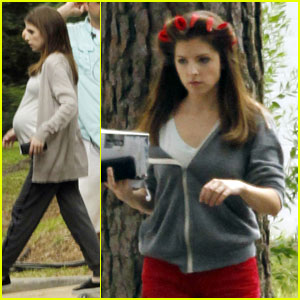 Anna Kendrick Spotted with a Baby Bump on Set of 'The Hollars'!