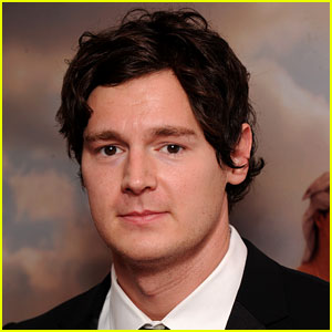 Benjamin Walker Set to Star in 'American Psycho' the Musical!