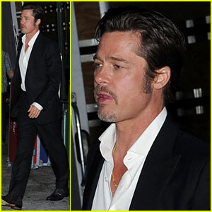 Brad Pitt Suits Up & Flaunts His Wedding Ring Again in NYC!