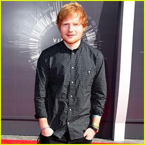 Ed Sheeran Looks Like a Gentleman at the MTV VMAs 2014!