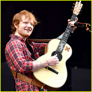 Ed Sheeran Sings it Out at V Festival!