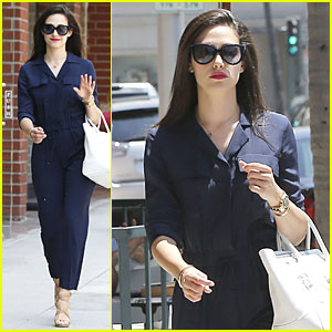 Emmy Rossum Knows How to Look Classy In a Jumpsuit