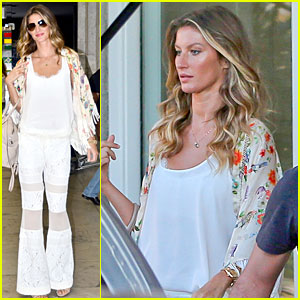 Gisele Bundchen Is Happy to Mingle with Fans in Brazil