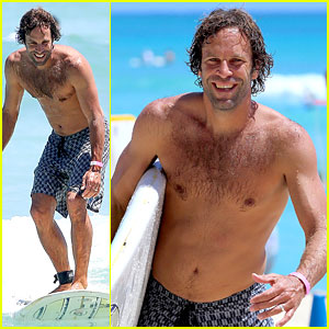 Jack Johnson Shows Off Hot Body for Shirtless Surf Session!