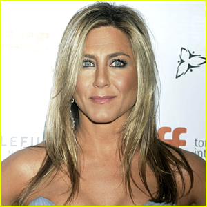 Jennifer Aniston Reveals Her Ideal Body Weight is Between 110 & 113 Pounds