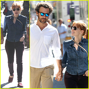 Jessica Chastain Looks Completely In Love with Boyfriend Gian Luca Passi De Preposulo in NYC!