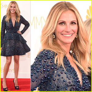 Julia Roberts Totally Stuns in a Short Dress at the Emmys 2014