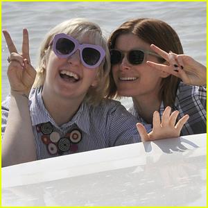 Kate Mara & Lena Dunham Meet Up in Venice & Have Fun in a Boat!