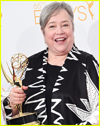 Kathy Bates Wanted to Dedicate Her Emmy Award to Robin Williams