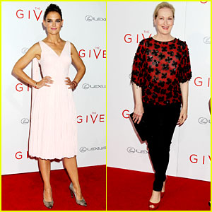 Katie Holmes & Meryl Streep Make Their Marks at 'The Giver' NYC Premiere!