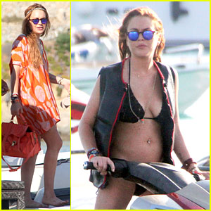 Lindsay Lohan Strips Down to Bikini During Mykonos Vacation