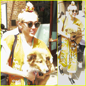 Miley Cyrus & Emu Take a Trip to Philly!