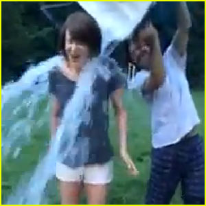 Nicole Kidman Takes Ice Bucket Challenge with Jason Bateman!
