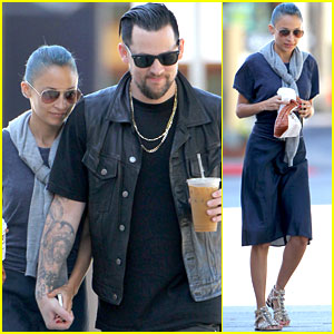 Nicole Richie & Joel Madden Hold Hands on the Way to Breakfast!