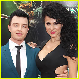 (m/libre) noel fisher Noel-fisher-engaged-to-girlfriend-layla-alizada