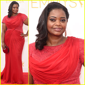 Octavia Spencer is Red Hot at Emmys 2014!