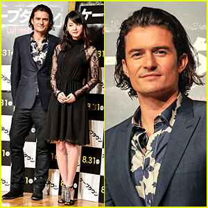 Orlando Bloom Rocks Unique Shirt at 'Zulu' Press Conference in Japan