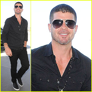 Robin Thicke's Concert Ticket Prices Lowered at Illinois State Fair
